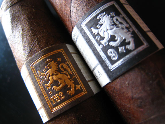 Liga Privada T52 and No. 9