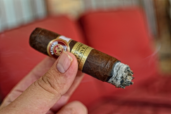 reinado grand empire reserve 6 Reinado   Grand Empire Reserve   Cigar Review