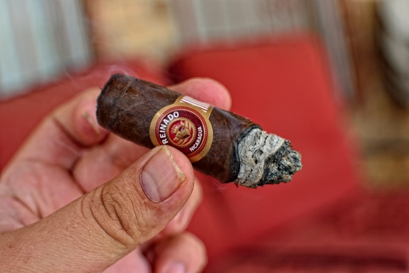 reinado grand empire reserve 7 Reinado   Grand Empire Reserve   Cigar Review